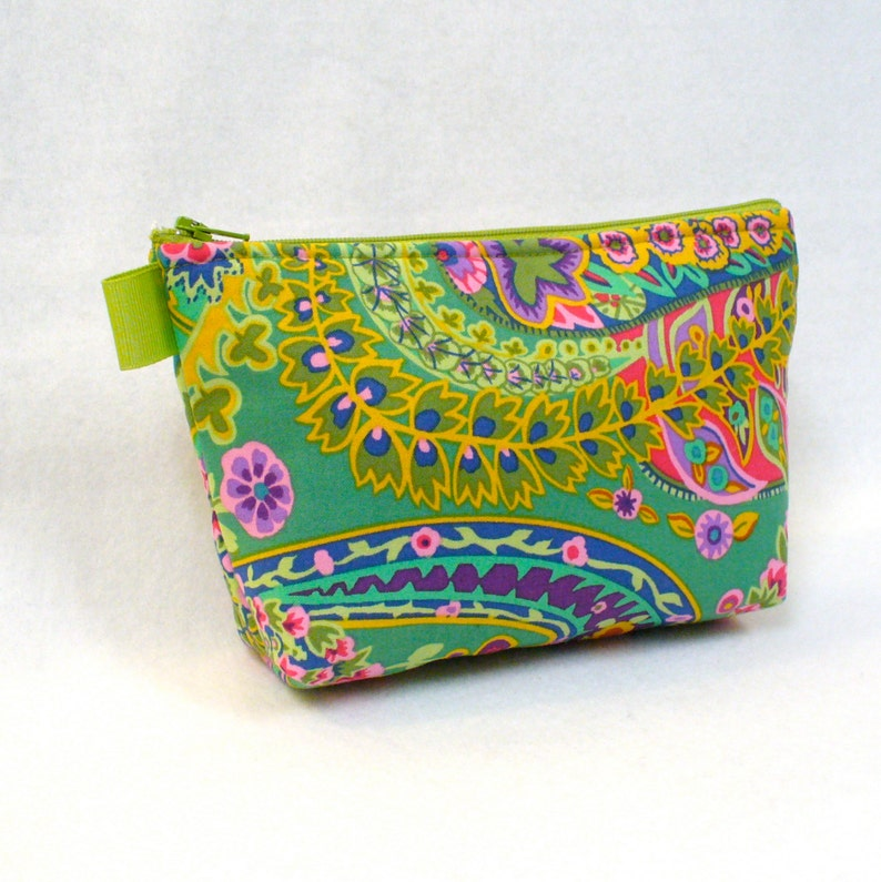 1a9a73215616 Large Cosmetic Bag Kaffe Fassett Fabric Zipper Pouch Padded Makeup Bag  Cotton Zip Pouch Jungle Paisley Emerald Green Colorful Bag MTO