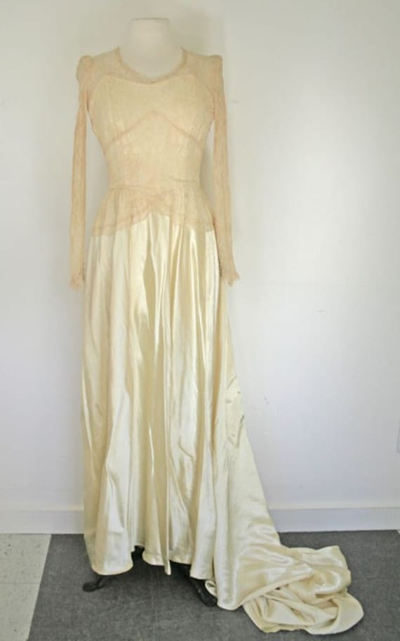 1930s cream satin and lace wedding dress
