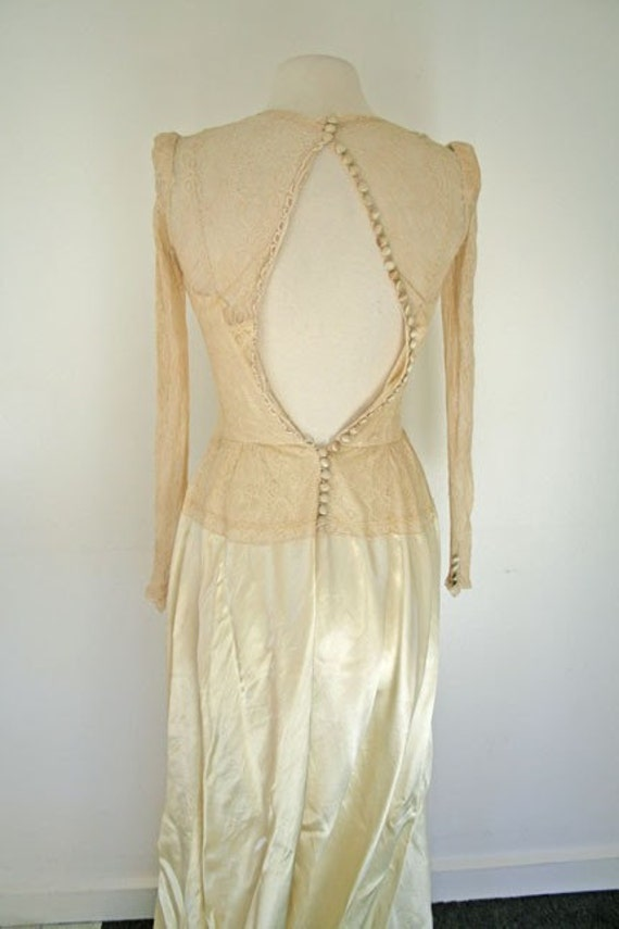 1930s cream satin and lace wedding dress - image 4