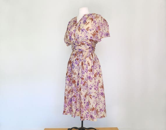 1950s handmade dress with violet flowers