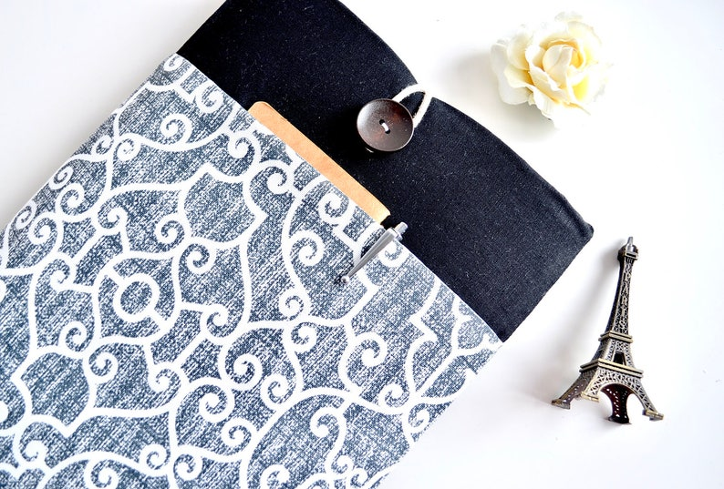 3bb727f0f60c Damask MacBook Sleeve Case, Fit Any Laptop or MacBook, Padded Cover with  Front Pocket, MacBook Pro or Air Accessory