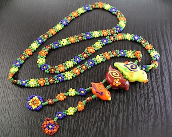 Handmade Beaded Daisy Necklace with Hand Torched Flamework Lampwork Glass Chick Beads by GemFOX USA SRA