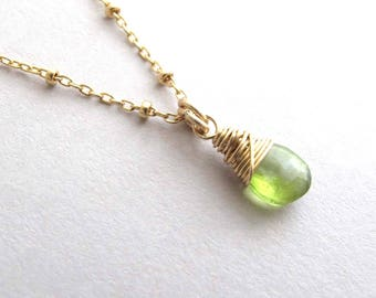 Peridot Necklace, Petite Gold Peridot Necklace, August Birthstone Necklace, Gemstone Necklace, Dainty Pendant Necklace