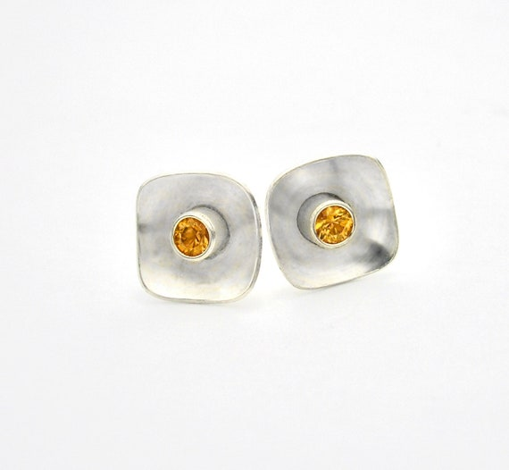 Modern Stud Earrings in Sterling Silver with Fancy Color Sapphire