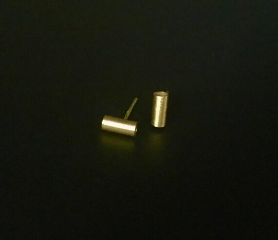 14K YG Tube Stud Earring