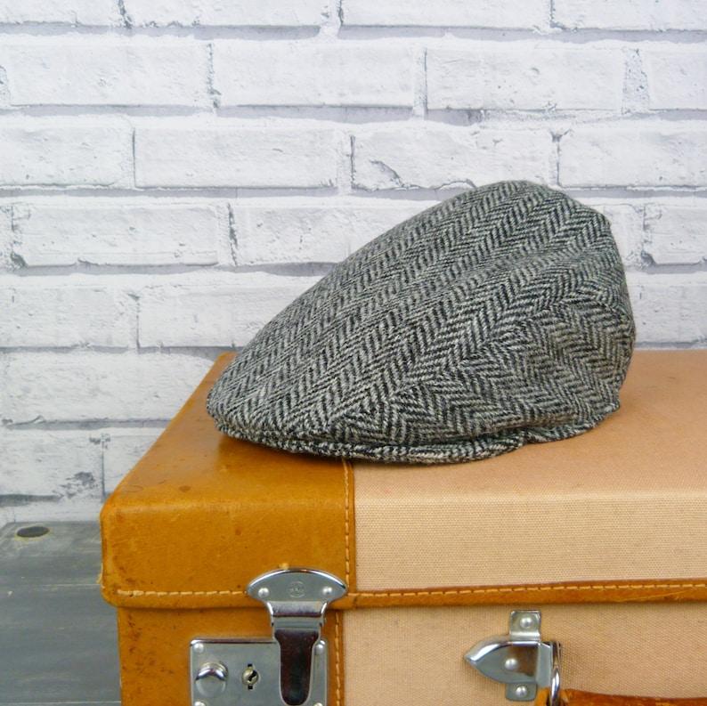 616a9771 Harris Tweed Flat cap Traditional Wool Black/Grey | Etsy