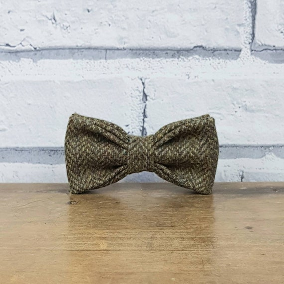 brown eco friendly Dog Bow Tie Tweed Bow Tie for Dogs Yorkshire Herringbone Tweed