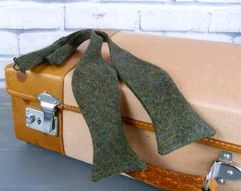 Self tie bow tie - Dark Green Birdseye Tweed, tweed bow tie, tweed self tie bow tie