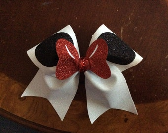 Minnie inspired cheer bow