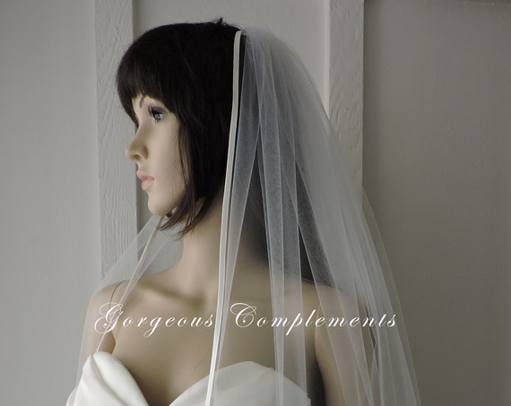 Silk Bias Satin Edge Straight Cut Bridal Veil