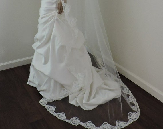 Wedding Mantilla Off White or Light Ivory Alencon Lace Trim, Bridal Veil