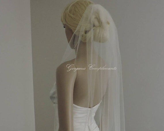 Wedding Veil , Single Tier Pencil Edge, Sheer Veil,  Short Veil Bridal Veil PE33X50