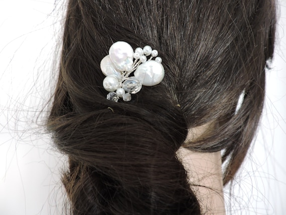 Freshwater Pearls Hair Pin Pisces A-03