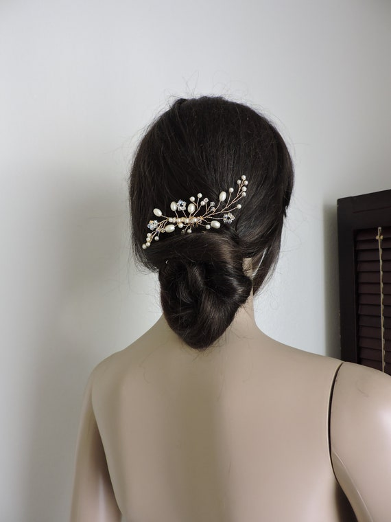 Bridal Hair Comb Aries Pearls and Crystals A-01