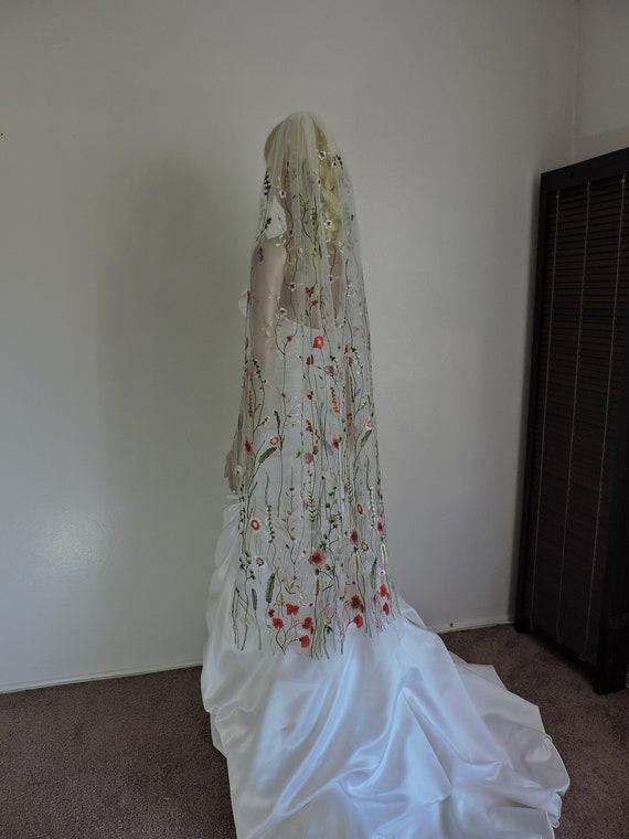 Garden Veil, Modern Veil, Multi Color Veil, Flower Veil, Secret Garden Veil, Spring Veil