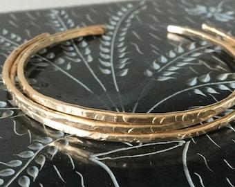 14K Skinny Cuff Bracelet, Gold Skinny Cuff, Minimalist Bangle, Hammered Cuff, 14K Gold Cuff, Gold Bangle, Rustic Cuff
