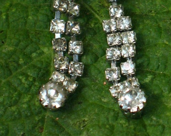 ON SALE!~Vintage Rhinestone Dangle Earrings for Pierced Ears~Costume Jewelry~Renaissance~Princess