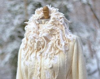 Réservé! Pull mariage manteau, boho art à porter fantaisie manteau, OOAK refashioned au pays des merveilles de l'hiver, manteau agrémenté de déesse. Taille M/L