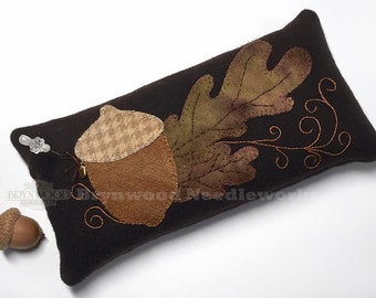 Ltd. Ed. Brynwood Acorn Woolen Pincushion, Acorn Wool Pincushion, Wool Acorn Pincushion, Acorn Needlekeep