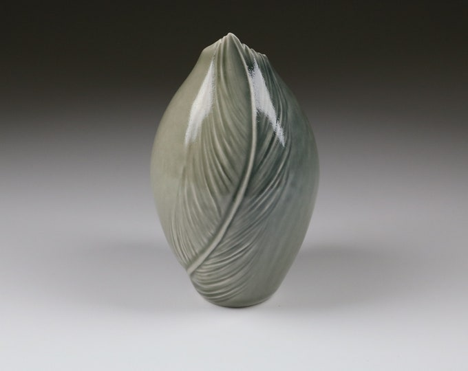Gray Jay Feather Vessel