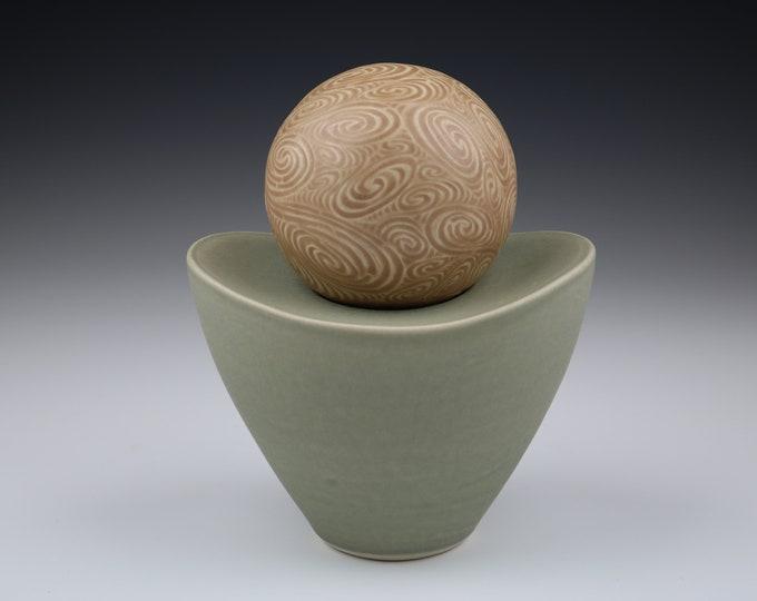 Planetary (2-Part Pedestal Sphere)