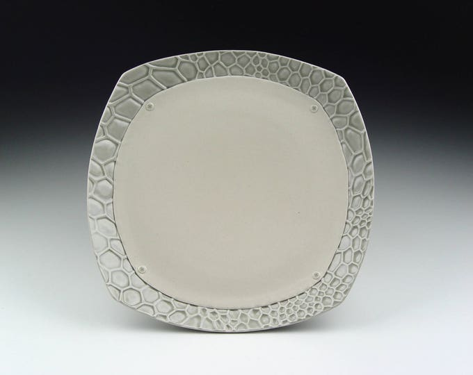 Porcelain Honeycomb Plate with Screws
