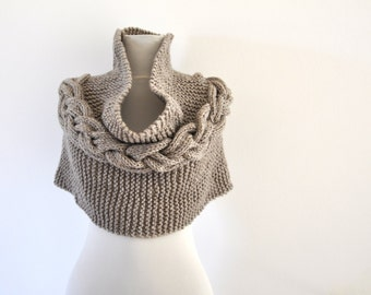 Poncho Cape Sweater Cardigan Chunky Wrap Sweater Hand Knit Light Brown