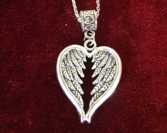 Angel wings, stainless steel chain, 18""