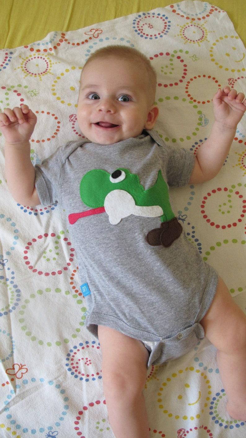Yoshi Kids Grey Baby Bodysuit Children/'s Clothing Gift