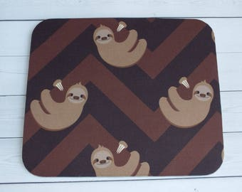 Sloth Mouse Pad - sloth mousepad / Mat - sloth mouse pad  -  Rectangle or round - home office cubical decor