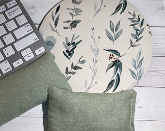Vines minimalist Mouse pad set - mouse wrist rest - seafoam linen keyboard rest  - coworker gift, office accessories, desk decor Christmas