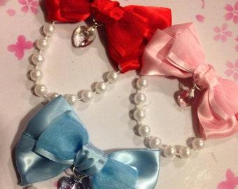 Pearl Lolita Bow Clip