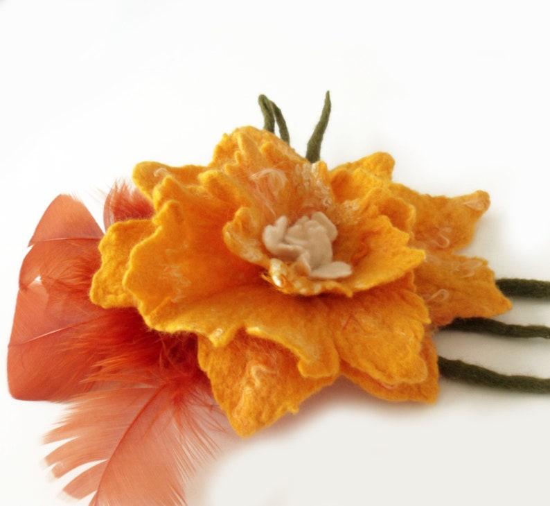 Felt flower brooch Felt pin brooch Felt corsage Felt pin brooch Large flower brooch Felt flower pin Felt feather pin Gift for her Fiber art