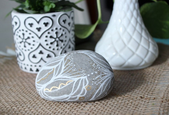 1 tiny Floral paperweight cute for Samantha