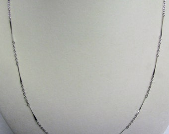 Vintage Bar Link Necklace; Silver Plate; Delicate; Feminine; Costume Jewelry