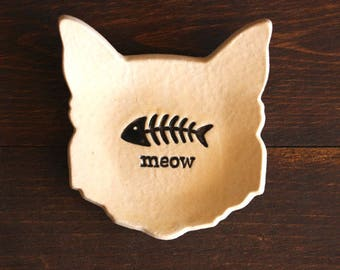 Ceramic CAT Ring Dish - Cream Handmade Porcelain Ring Dish / Tea Bag Holder - Fish Bone MEOW - Ready To Ship