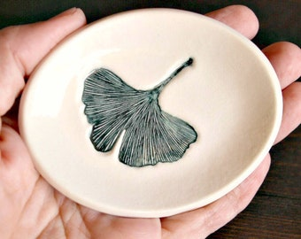Ceramic GINKGO LEAF Dish - Handmade Oval Porcelain Leaf Ring Dish - Jewelry Dish - Gift for Her - Ready To Ship