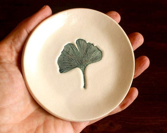Ceramic GINKGO LEAF Dish - Handmade Round Porcelain Leaf Ring Dish - Jewelry Dish - Gift for Her - Ready To Ship
