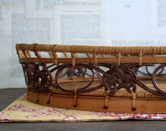 Lovely Vintage Oval Basket / Great For Kitchen Counter