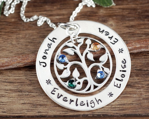 Personalized Family Tree Necklace, Family Tree Grandma Jewelry, Tree of Life Necklace, Grandma Necklace, Gift for Grandma, Family Tree Gift