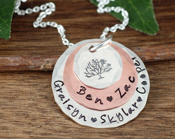 Personalized Family Tree Necklace, Tree of Life Necklace For Mom, Silver Necklace, Gift for Mom, Gift for Grandma, Grandma Necklace