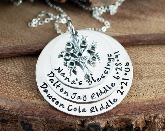 Grandma Necklace with Family Tree, Family Tree Necklace, Family Tree Nana Necklace, Tree of Life Necklace, Grandmother Necklace