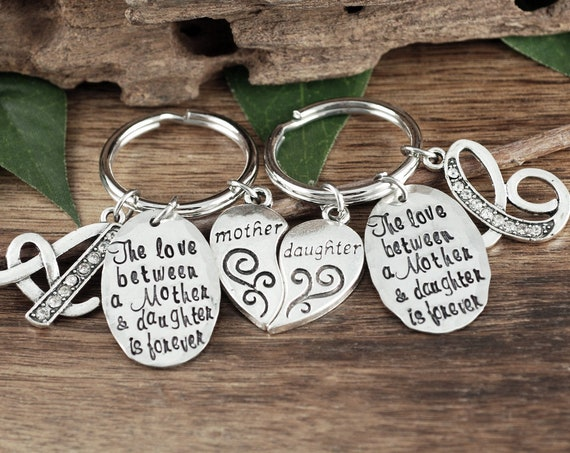 Mother Daughter Keychain Set, Mother Daughter Gift Set, Gift for Daugther, Gift for Mom, Personalized Keychains, Mom Gift, Matching Keychain