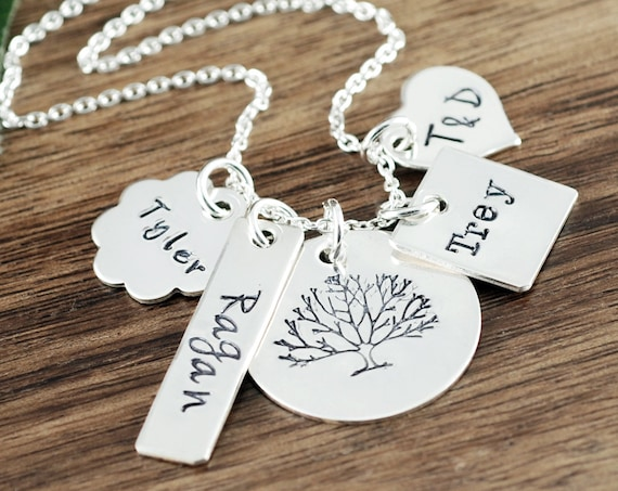Custom Mom Necklace, Tree of Life Necklace, Mother's Charm Necklace, Personalized Name Necklace, Mother's Necklace, Gift for Mom