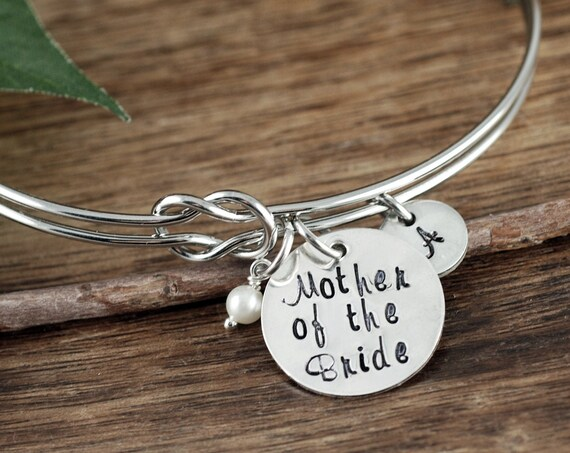 Tie the Knot Bracelet, Mother of the Bride, Love Knot Bracelet, Personalized Bridesmaid Gift, Bridesmaid Bracelet, Engraved Bangle Bracelet