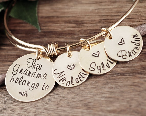 This Grandma Belongs to, Personalized Gift for Grandma, Gift from Grandkids, Bangle Charm Bracelet, Charm Bracelet for Women