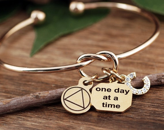 One Day at a Time Bracelet, Sobriety Bracelet, Sobriety Jewelry, Addiction Jewelry, Recovery Jewelry, Sober Date, Celebrate Sobriety