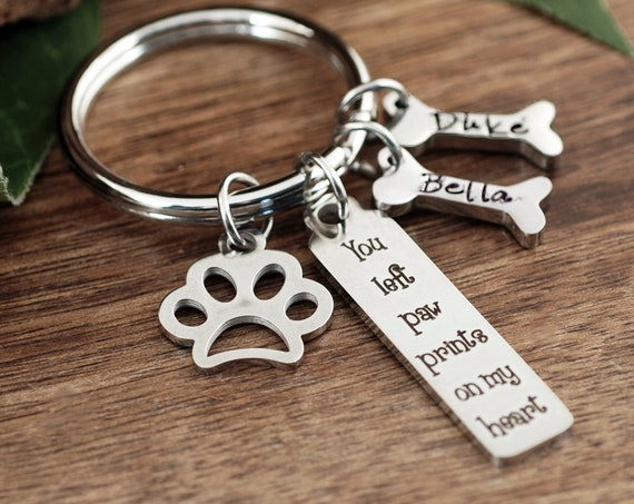 You left paw prints on my heart, Dog memorial, Pet memorial, Pet memorial key chain, loss of pet, Sympathy gift, loss of pet