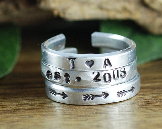 Personalized Stacking Rings, Mothers Rings, Mothers Jewelry, Silver Stacking Rings, Mom Rings, Arrow Ring, Set of 3 Rings, Mothers Day Gift