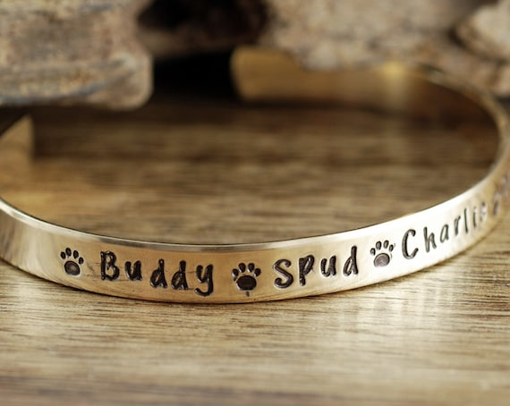 Hand Stamped Bangle Bracelet, Dog Mom Bracelet, Dog Name Cuff Bracelet, Custom Bracelet, Mother Bracelet, Gift for Mom, Pet Lover Gift